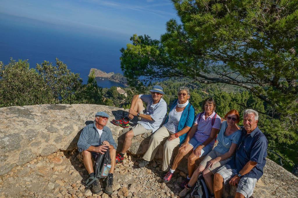 Die Wandergruppe auf dem Mirador des Tudons